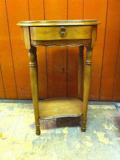 Stage meubles peints creations palaiseau 91120 for Meubles scandinaves palaiseau