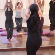 Cours de yoga dynamique au Pré-Saint-Gervais - Pantin + Paris 18ème